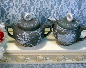 Antique Schafer & Vater Green Jasperware Creamer and Sugar Floral Pattern, Late 1800s, White Floral Pattern Antique Pottery, Made in Germany