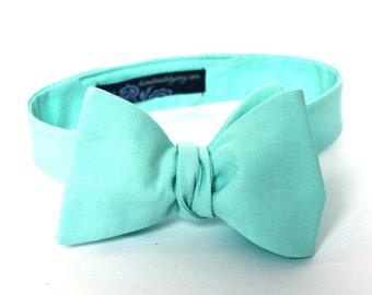 Men's Bow Tie - Sunwashed Aqua - Freestyle Self Tie - match J.Crew dresses - Adjustable Bowtie - Donna Morgan Spearmint
