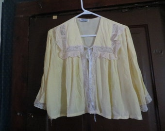 1940s yellow narco rayon bed jacket by WEISMAN