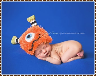 Crochet Monster Hat Pattern, Furry Beanie, FUZZY FRANKIE and FIONA Monster - pdf 138