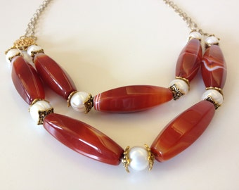 Marbled Carnelian and Pearl Necklace