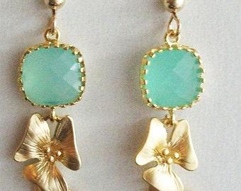 Mint earrings, Glass Earrings, Orchid earrings, Gift Under 20, Mint jewelry, Mint Wedding, Christmas, Bridesmaids