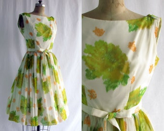 Vintage 1950s Jr Theme Floral Chiffon Full Skirt Fitted Bodice Party Dress