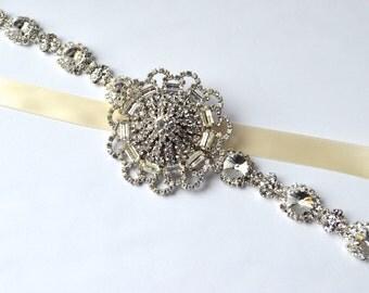 Rhinestone Sash, Bridal Sash, Bridal Belt, Wedding Sash, Wedding Belt, Vintage Brooch Belt, diamante belt, 1950s Vintage Pin