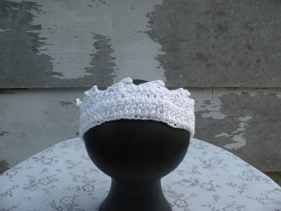 Crocheted Crown, Infant Sized, White With Silver Flecks, Photo Prop, Stage Prop