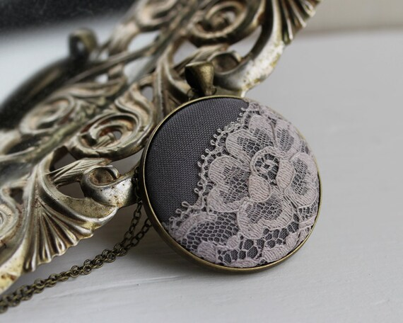 Slate Gray Necklace, Gray Bridesmaid Gift, Winter Wedding, Gray Lace Necklace, Unique Jewelry for Women, Boho Necklace, Flower Pendant