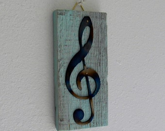 Treble Clef / Wall Decor / Wall Hanging / Pallet Wood / Shabby Chic / Rustic / Reclaimed wood