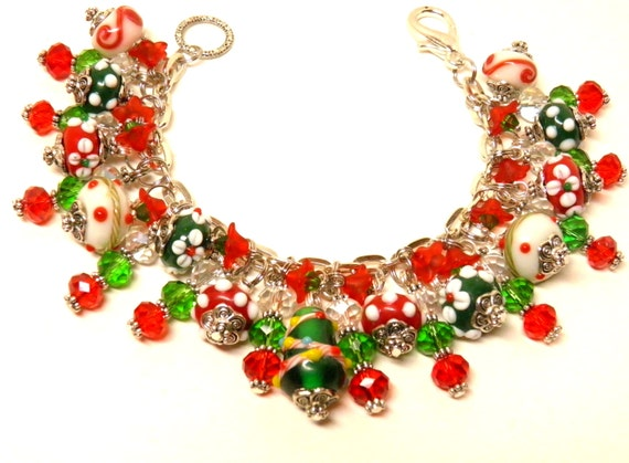 Christmas Bracelet, Christmas Tree Artisan Lampwork Glass, and Red and Green Swarovski Crystals, Charm Bracelet, Christmas Jewelry #3 OOAK