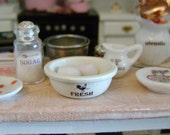 Playscale - FRESH EGGS & BOWL - Cracked or Whole Eggs included - French Farmhouse Cottage - 1:6 Scale - Blythe, Momoko, Pullip, Barbie