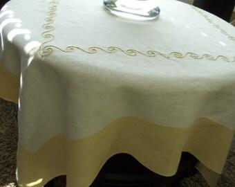 Vintage Linen Tablecloth 464