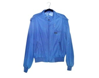 Vintage 1980's Member's Only Sky-Blue Windbreaker Jacket with Trademark Epaulette Snap Fasteners Men's Size 44