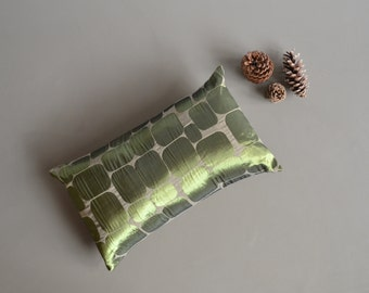 shimmery mod olive green lumbar cushion cover - mod pillow cover - pebbles motief - green and grey - green cushion cover - lumbar pillow
