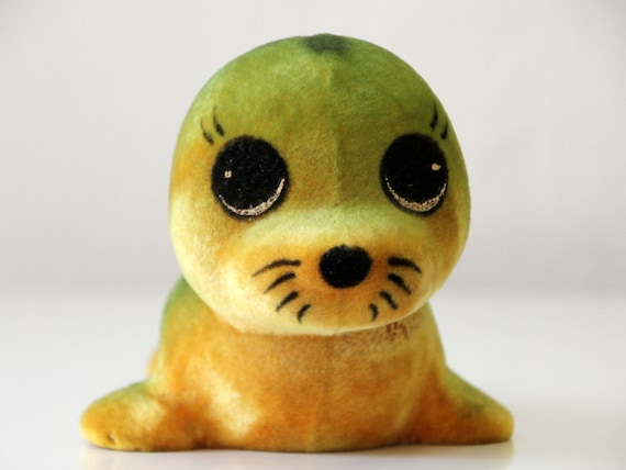 Very cute vintage Russian flocking toy, Baby Seal, made in 70s USSR