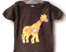 s a l e  / ORGANIC BABY Tshirt /  size 3 - 6 mos / flowery giraffe