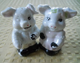Boy and Girl Pig Salt and Pepper Shakers - Vintage, Collectible
