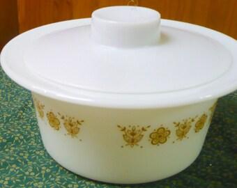 Pyrex - Butterfly Gold - Butter Dish / Tub - Original Lid - 75 B - Lid 75 -PC - HTF - Euc- No Insert