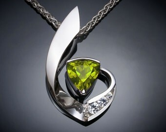 peridot necklace, August birthstone, September birthstone, fine jewelry, silver pendant, modern jewelry, white sapphires, green - 3466