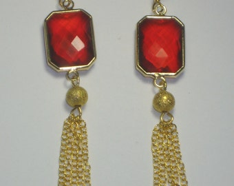Red Square with Gold Chain Dangle Earrings,Earrings,Jewelry,Gold Earrings,Gift for Her,Dangle Earrings,Chain Earrings,Evening Earrings