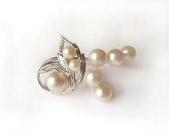 Silver & Pearl Brooch- Vintage Engraved Leaves and Swirl- Wedding Pearls- Akoya Pearls, Cultured Pearls