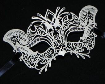 Masquerade Mask - Petite Sized