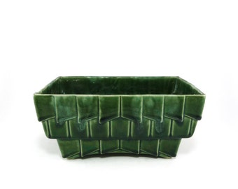 Vintage ceramic geometric Cookson planter in green
