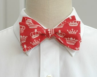 Men's Bow Tie red with ivory crowns, self tie, Downton Abbey gift, English lover gift, wedding party bow tie, groom bow tie, monarchist tie