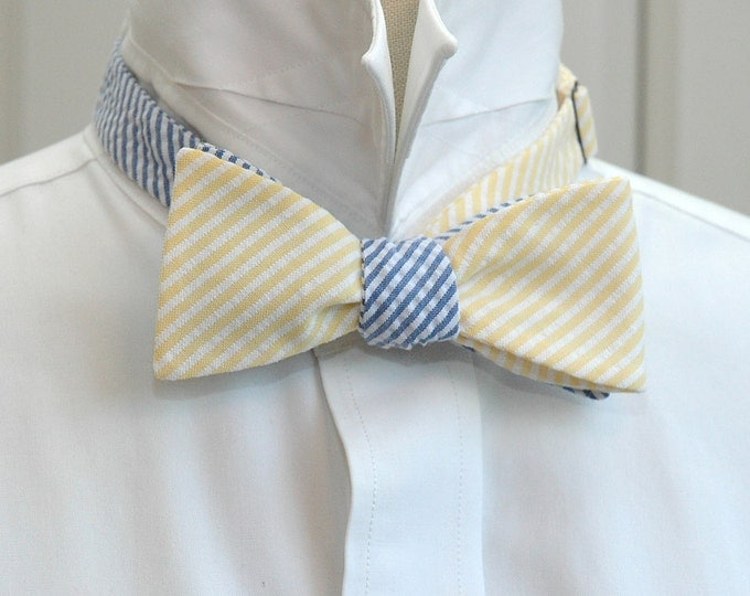 Men's reversible bow tie, yellow & blue seersucker, wedding party tie, groom bow tie, groomsmen gift, preppy mixer bow tie, self tie bow tie