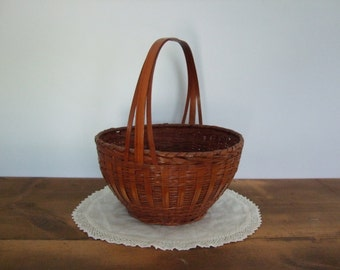 Bamboo Wave Round Basket with Handle ZheJiang