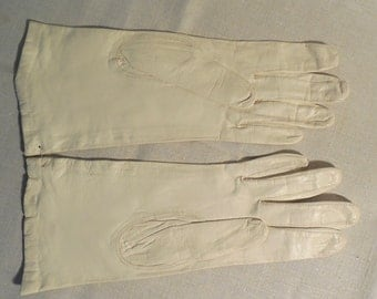 UnWorn Silk Lined White Kidskin Leather Gloves Size 7    KBC26