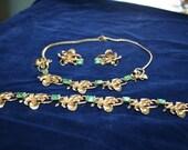Choker, Bracelet, Clip On Earrings Parure Set Peridot Green and Gold Tone