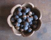 Felted wool acorns, Natural Charcoal Grey, set of 50, grey wool acorns, bowl filler, winter home decor, fall wedding favors, bulk felt acorn