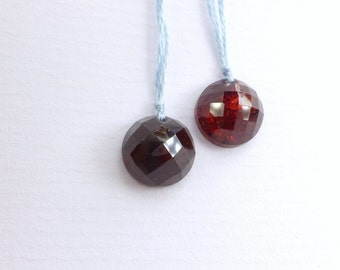 GARNET. Natural. DRiLLED BEaDS. Dark Red. ROuNd. High Dome Checkerboard Facet Rose Cut Cabochon Focal Bead. 1 pc. 5 cts. 10 mm  (Ga700)
