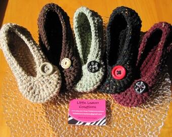 Crochet Slippers, House Slippers, Womens Crochet Slippers,  House Shoes, Knit Slippers, Flecks with Button