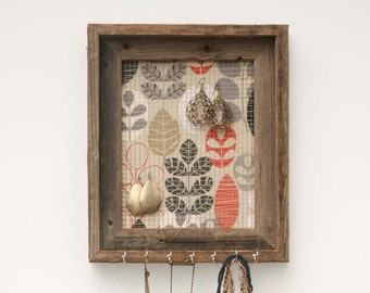 Puddle Jumping Rustic Jewelry Holder - Gray, Tan, Blue & Red - 8 x 10