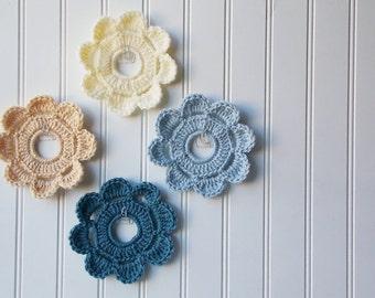 Decorative Crochet Mini Wreath Wall Hangings & Picture Frames   Home and College Dorm Decor - Wedding Beach Ocean