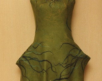 "Roots / Frida Kahlo ""Viva la Vida"" Collection / Felted Clothing / Dress"