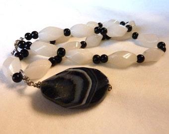 Snow Quartz Black Obsidian Gemstone Pendant Necklace - 21 1/2 Inches - The Snow Queen