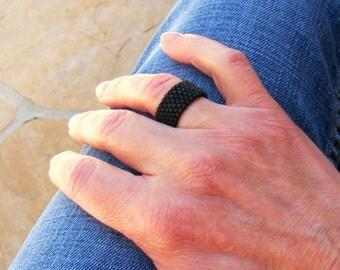 Ring for Men, Basic Black Ring, Unisex Black Beaded Ring, Minimalist Jewelry, Black Band Ring, Seed Bead Ring, Peyote Ring, Black Bead Ring