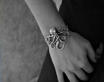 Olivia Paige -Rockabilly octopus bracelet