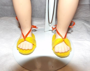 Sandals in bright yellow for 18 inch Dolls - aga3