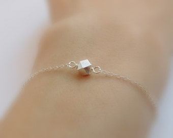 A nugget (bracelet) - Tiny sterling silver nugget on dainty sterling silver chain