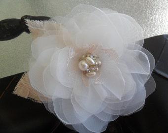 Champagne Bridal hair flower, Wedding hair accessory, Bridal headpiece, Wedding hair flower, Bridal hair accessory, Lace hairpiece, Vintage
