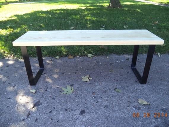 banc banc en bois table basse industriel et en acier salle. Black Bedroom Furniture Sets. Home Design Ideas