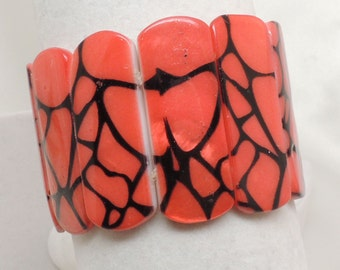Vintage Orange Shell Stretch Bracelet