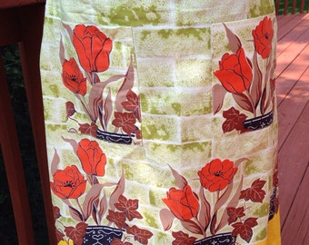 Vintage green half Apron. Green coverup with orange tulips. Hostess apron. Pretty apron.