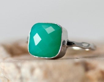 Mint Green Chrysoprase Ring Silver, Gemstone Ring, Green Stone Ring, Stacking Ring, Sterling Silver Ring, Cushion Cut Ring, Statement Ring