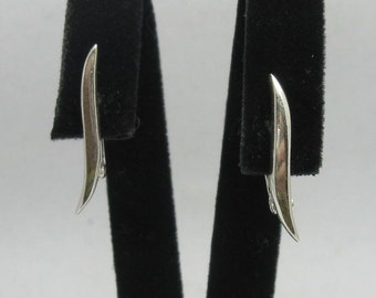 E000274 Sterling Silver Earrings Solid   925