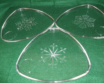 Indiana Glass Snowflake Snack Set---1950s
