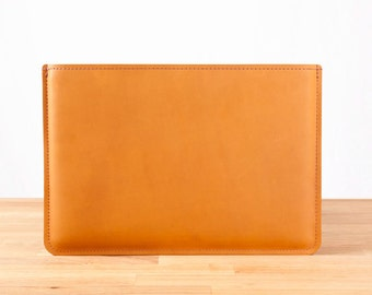 """13"""" MacBook Pro - Leather Sleeve Case in Chestnut"""