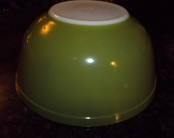 "Green""Verde""  403 Vintage Pyrex Nesting Mixing Bowl 2.5Quart"